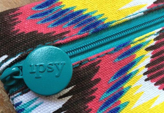 Ipsy-July-Closeup